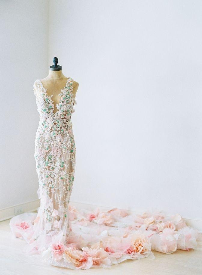 destination wedding, wedding planner, travel with your wedding dress